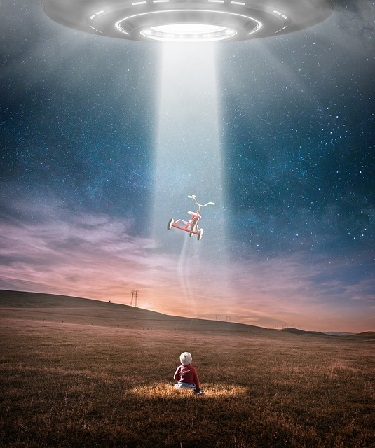 child and ufo