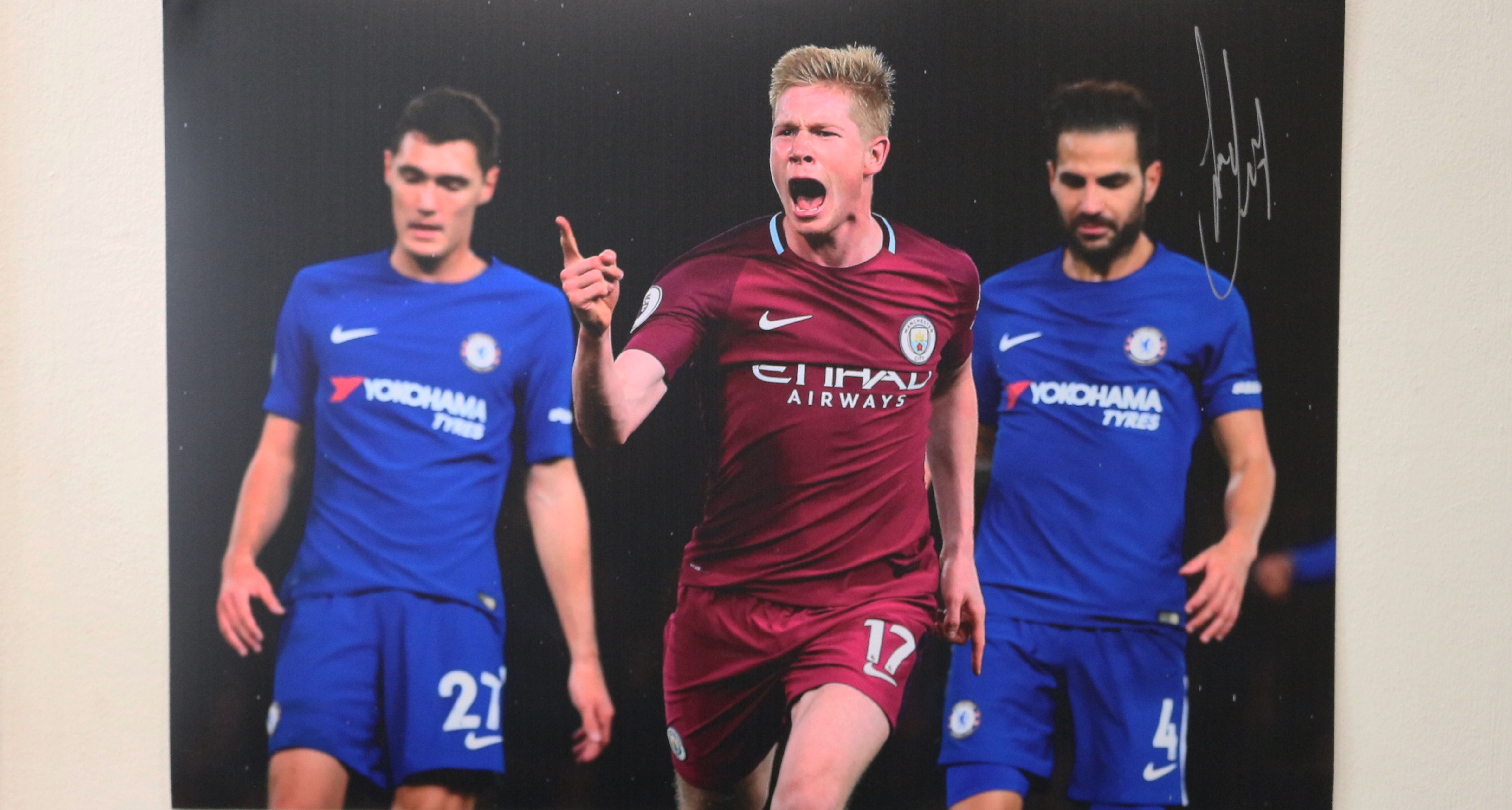 release date: 20c5a ed322 Kevin De Bruyne Manchester City vs Chelsea A2 Signed Photograph
