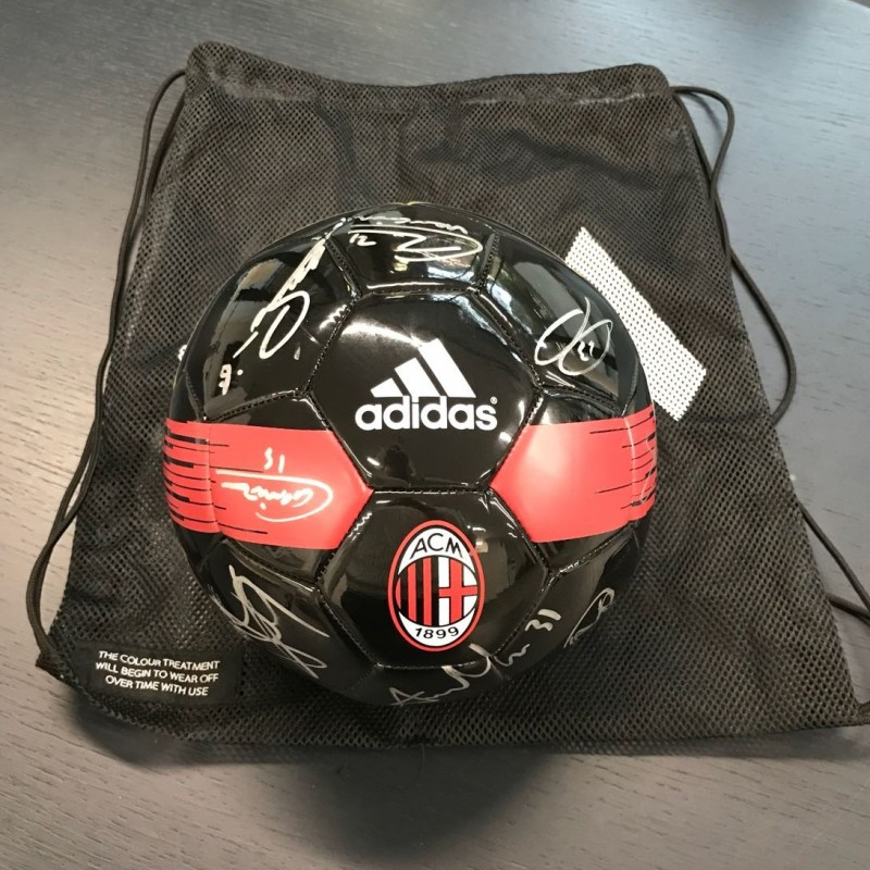 Official Milan 2016/17 ball - Signed by the Team