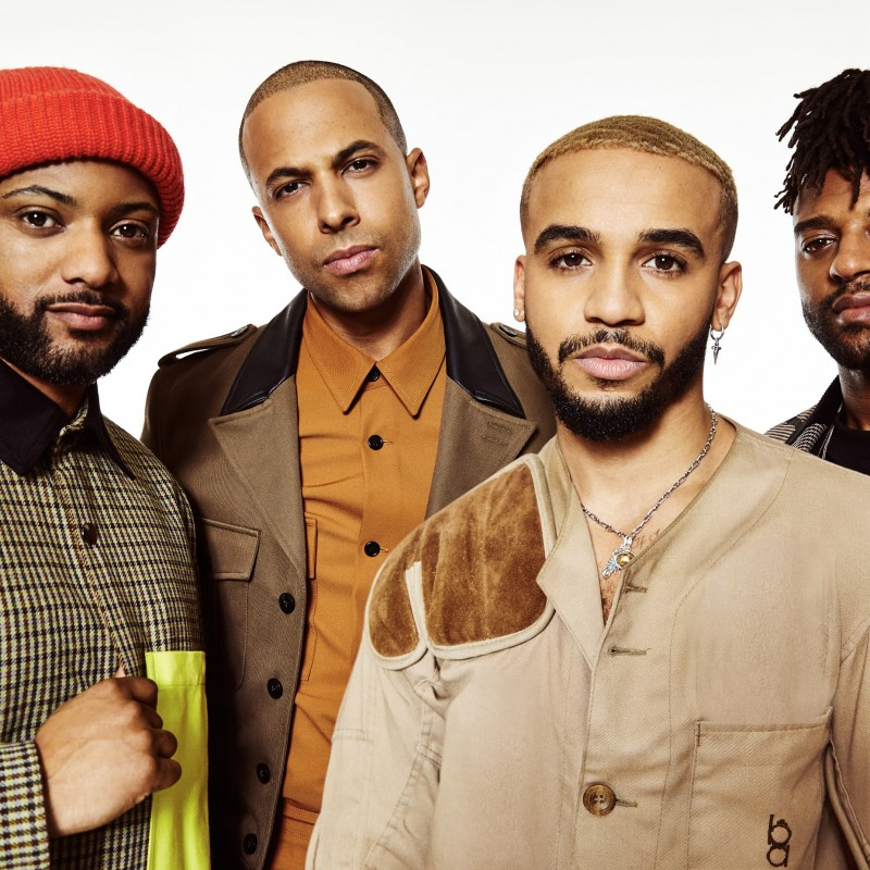 Win a Personalised Christmas Message from JLS