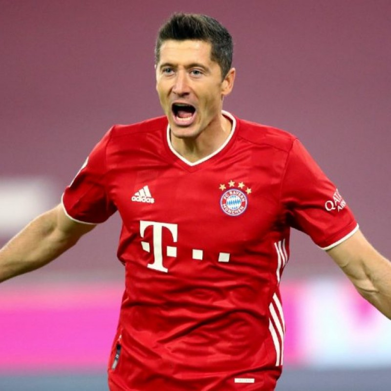 Lewandowski's Official Bayern Munich Signed Shirt, 2020/21