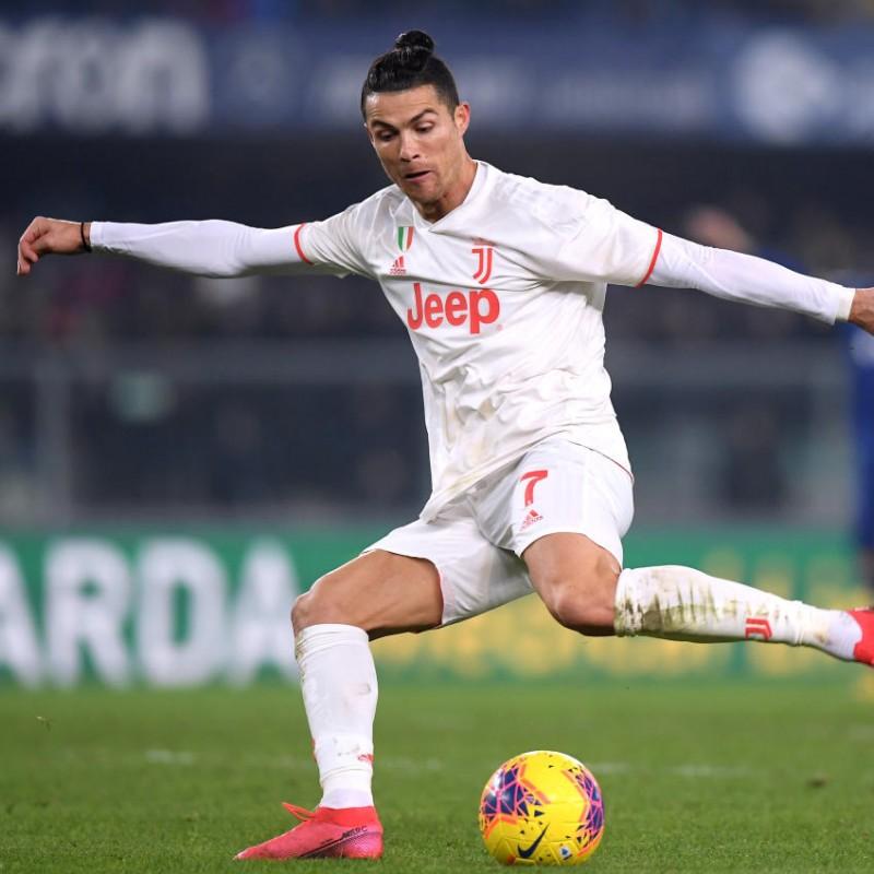 Maglia Ufficiale Ronaldo Juventus, 2019/20 - Autografata dalla Rosa