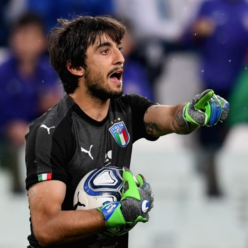 Perin's Match-Issue/Worn Sweden-Italy Shirt, World Cup Qualifiers 2018