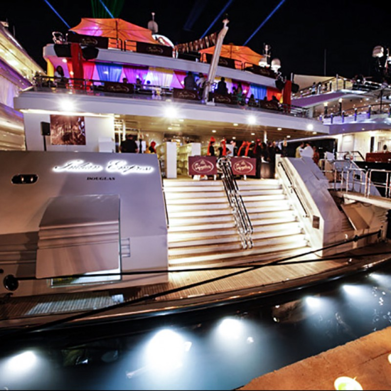 Join Eddie Jordan at Monaco Grand Prix Onboard a Superyacht