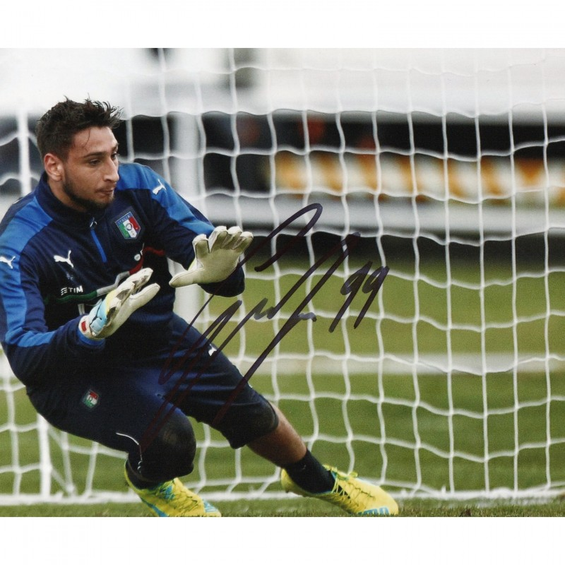 Photograph Signed by Goalkeeper Gianluigi Donnarumma