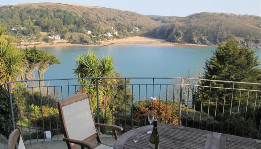 One Week in a Beautiful Holiday Home in Salcombe Devon for 10