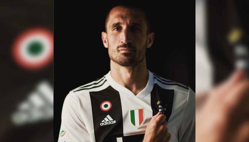 Chiellini's Official Juventus Signed Shirt, 2018/19