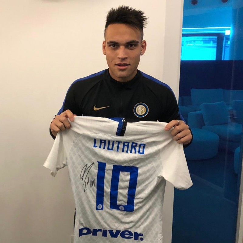 Lautaro's Worn and Signed Shirt, Sassuolo-Inter 2018