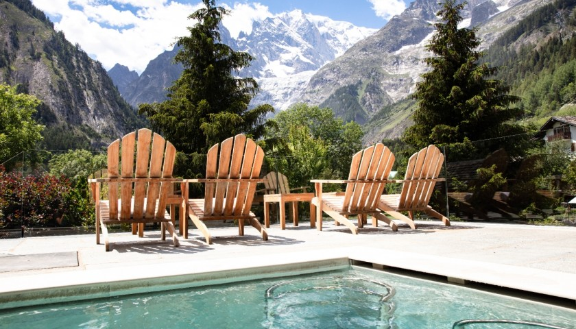 Enjoy a One-Night Stay for Two at Auberge de La Maison in Courmayeur