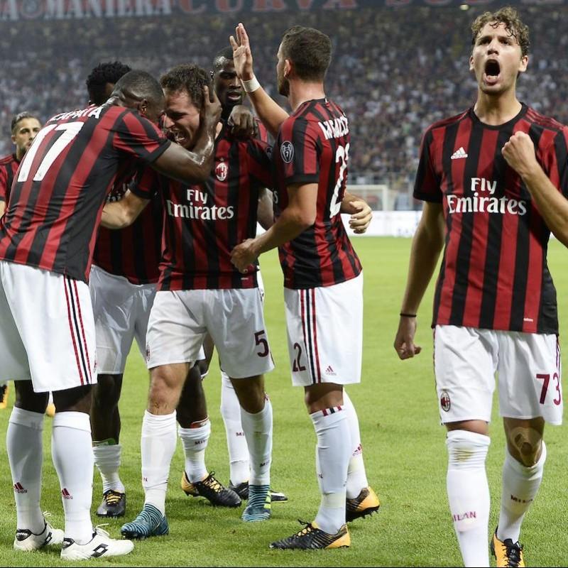 Attend Milan-Torino at the San Siro Stadium