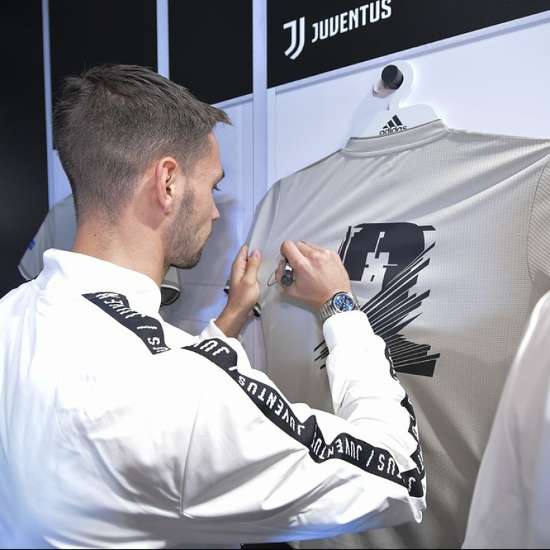 "De Sciglio's Juventus ""Here to Create"" Signed Shirt"