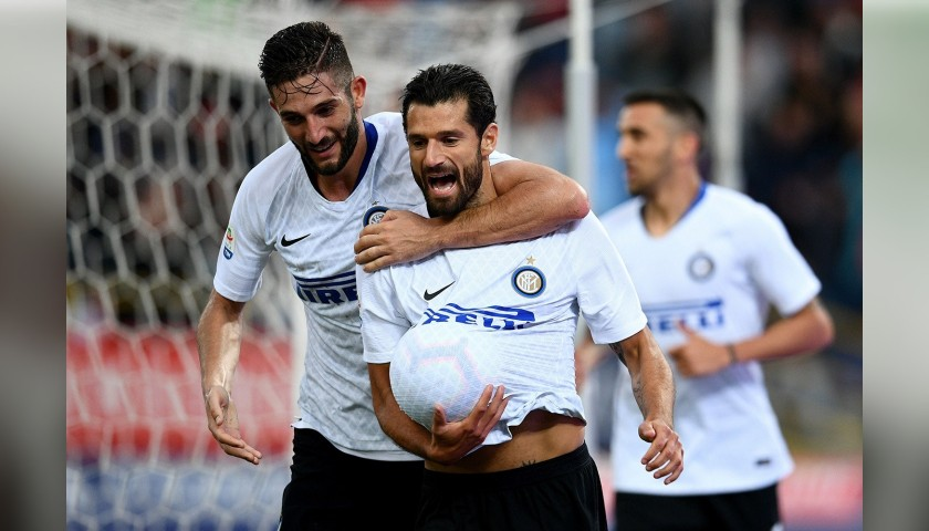 Candreva's Inter Match-Issue Signed Shirt, 2018/19