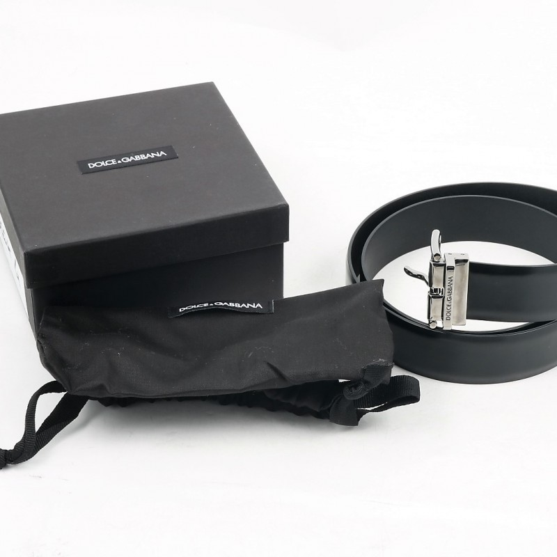 Tiziano Ferro's Black Belt with Box and Bag