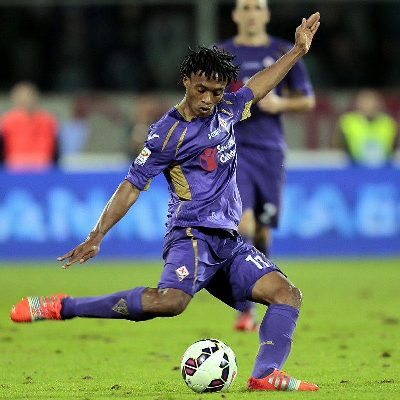 Cuadrado's Official Fiorentina Signed Shirt, 2014/15