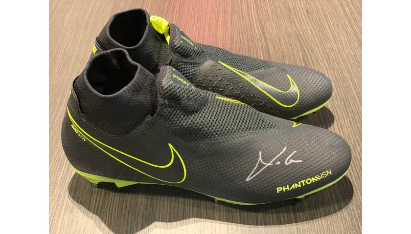 Nike Phantom Boots - Signed by Modric