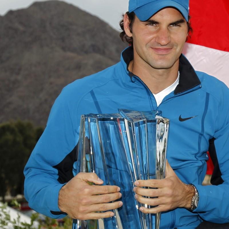 """RF"" Tennis cap, signed by Roger Federer"
