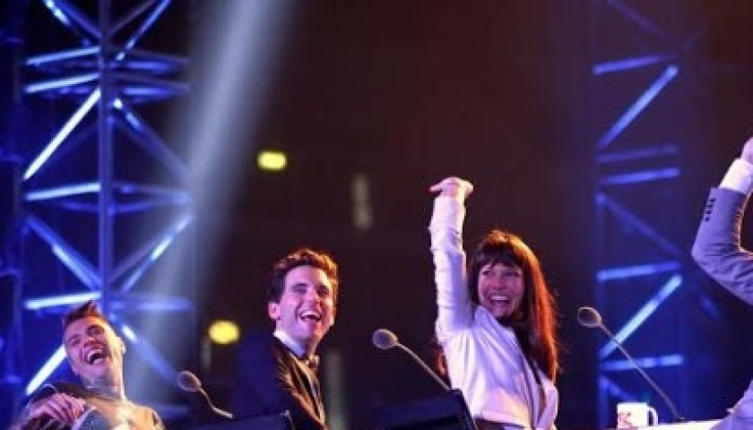 Alessandro Cattelan gives 2 Invitations for the X Factor Finals