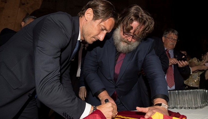 Maximus Shirt Signed by Totti and Russell Crowe