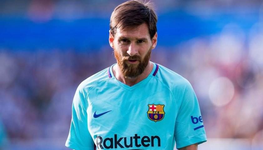 online store 1e9e7 a1134 Messi's Barcelona Match-Issue / Worn Liga 2017/18 Shirt - CharityStars
