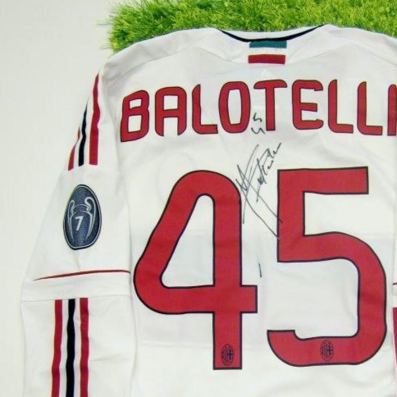 Milan fanshop shirt, Balotelli, Serie A 2013/2014 - signed
