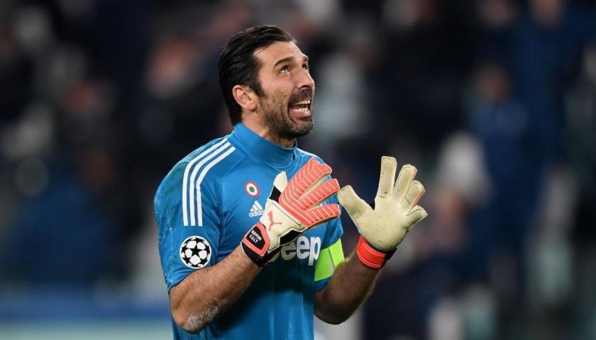 700e69513 Buffon s Official 2017 18 Juventus Signed Shirt - CharityStars