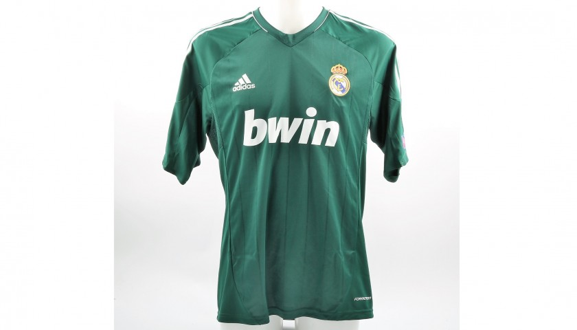 detailed look 0ac6e 04455 Ronaldo's Real Madrid Match-Issue UCL 2013/14 Shirt - CharityStars