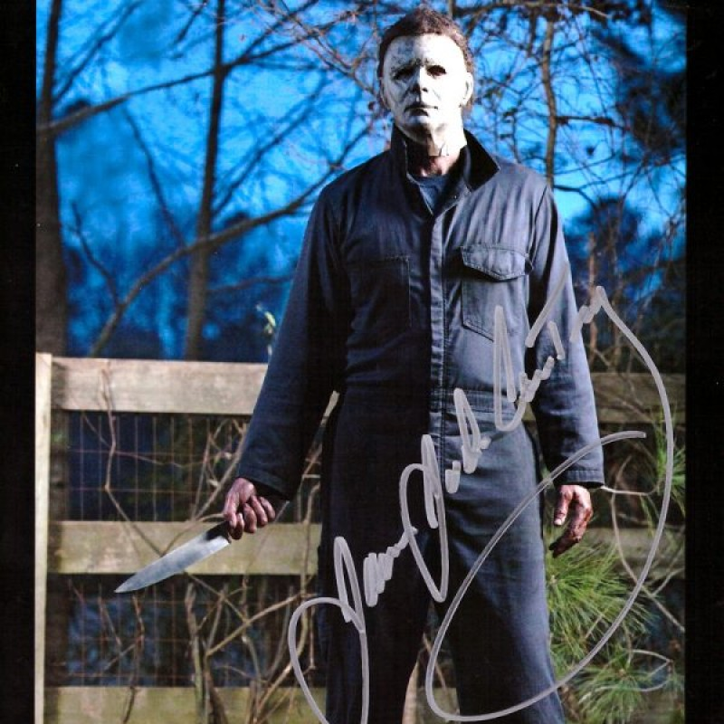 James Jude Courtney Signed Halloween Photo – Fence with Knife