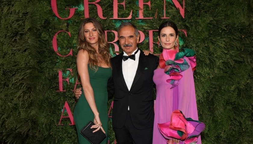 2 Passes to the Green Carpet Fashion Awards 2018