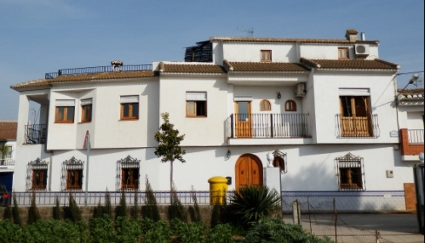 7-night Stay in Traditional Spanish Villa for 10