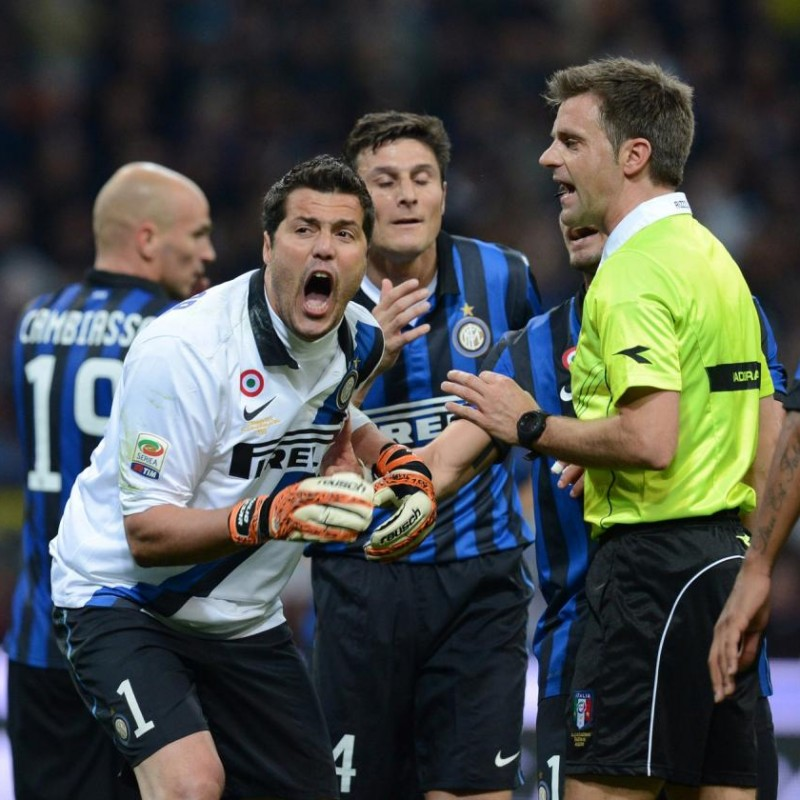 Julio Cesar's Match-Issued/Worn Inter-Milan Shirt, 300 Matches