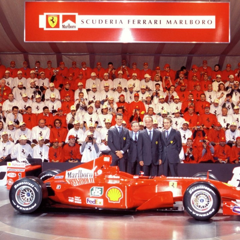Signed Ferrari Cape, F 2001 Presentation