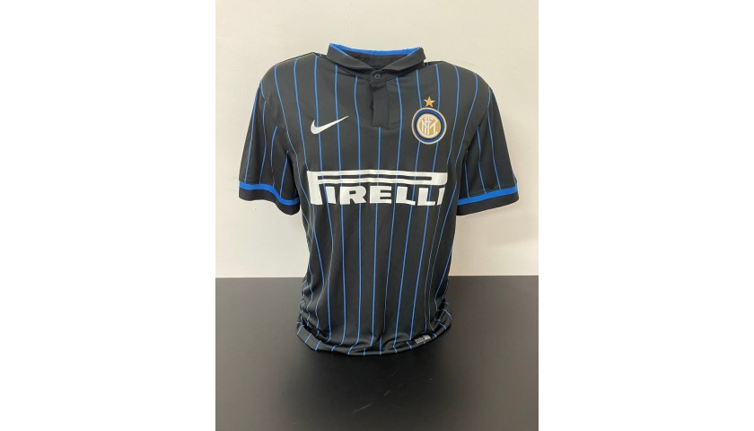 Kovacic's Official Inter Signed Shirt, 2014/15
