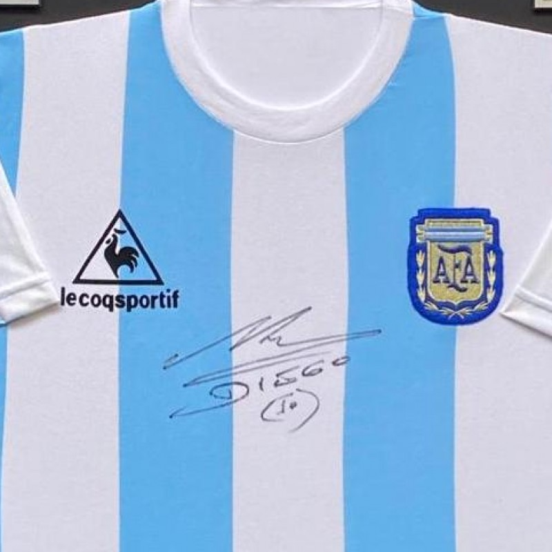 Maradona Signed Replica Shirt