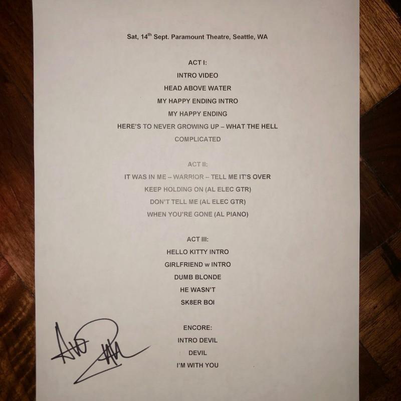Scaletta autografata da Avril Lavigne - Seattle