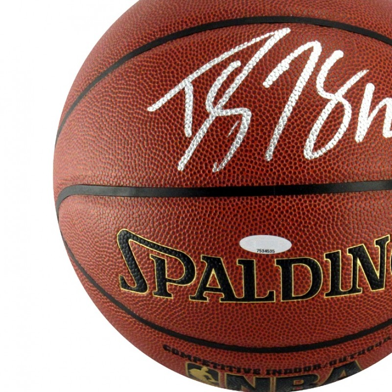 Official NBA Basketball Signed by Dwight Howard
