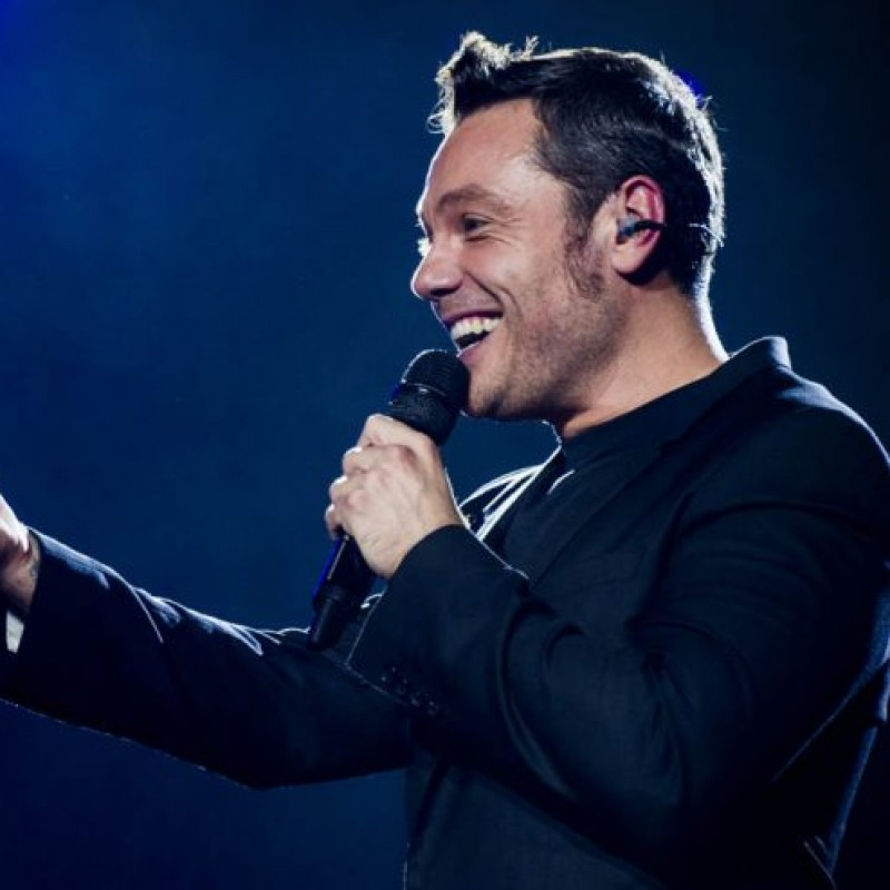 Staff Hoodie and T-Shirt from Tiziano Ferro's 2017 Tour