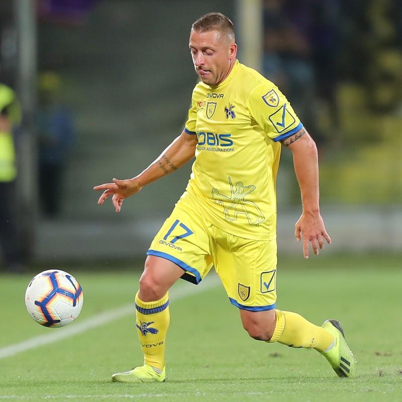 Giaccherini's Official Chievo Signed Kit, 2018/19