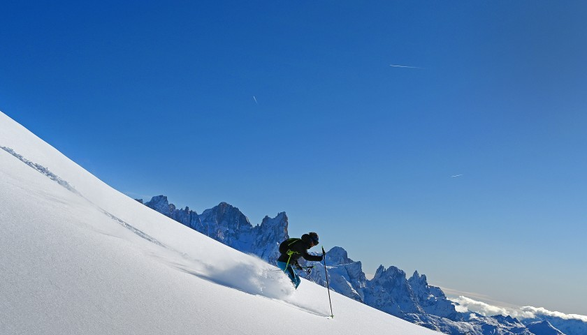 Spend a Weekend Training with Fiamme Gialle Ski Group in Italy