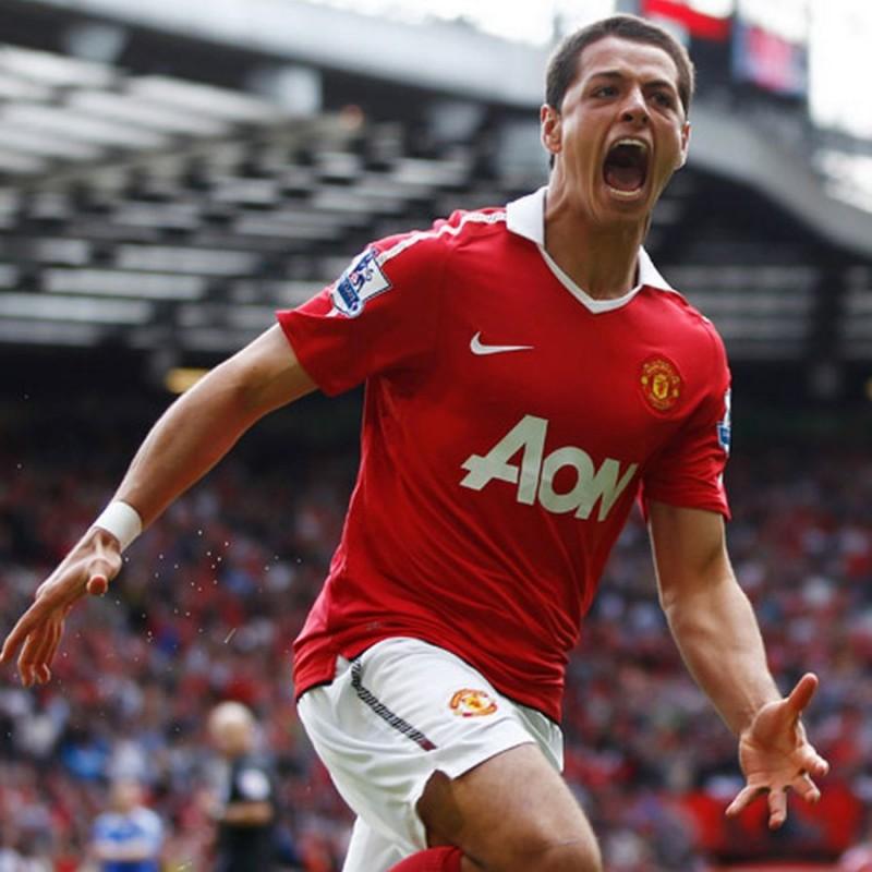 Hernandez's Official Manchester United Signed Shirt, 2010/11