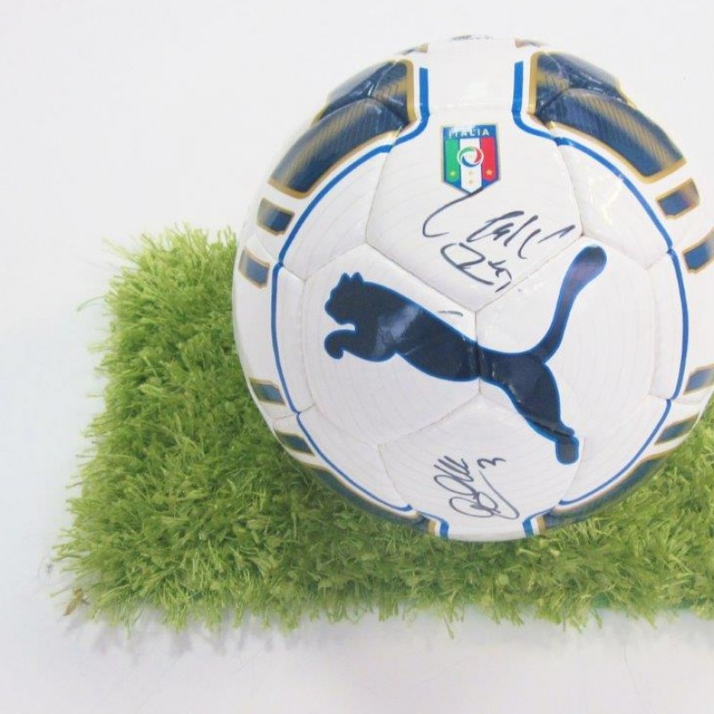 Official signed Puma Italy football