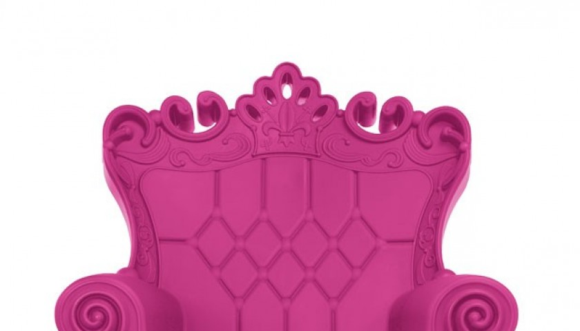 Exclusive armchair 'Queen of Love' signed by the designers