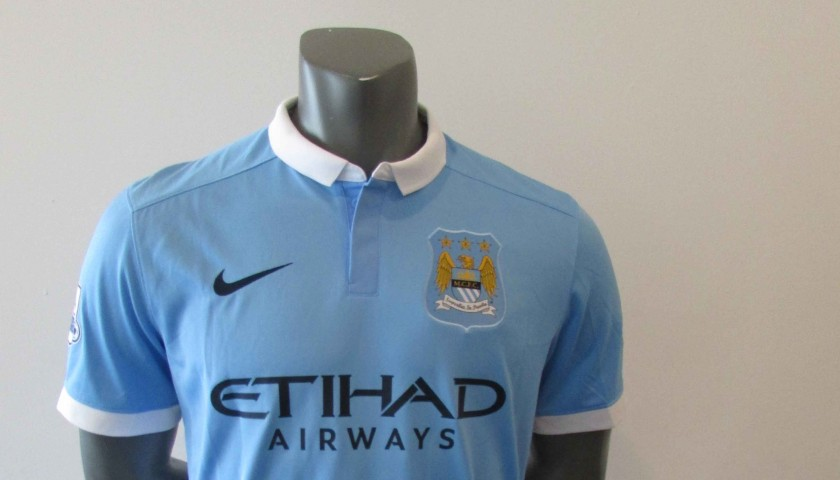 new products 1c459 db403 Official Manchester City 2015/2016 Replica shirt, signed by David Silva -  CharityStars