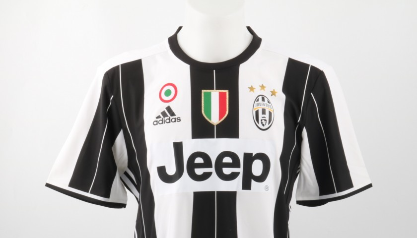 buy popular ab293 337f8 Official Squad Juventus Kit, 2016/17 - Shirt signed by Higuain -  CharityStars