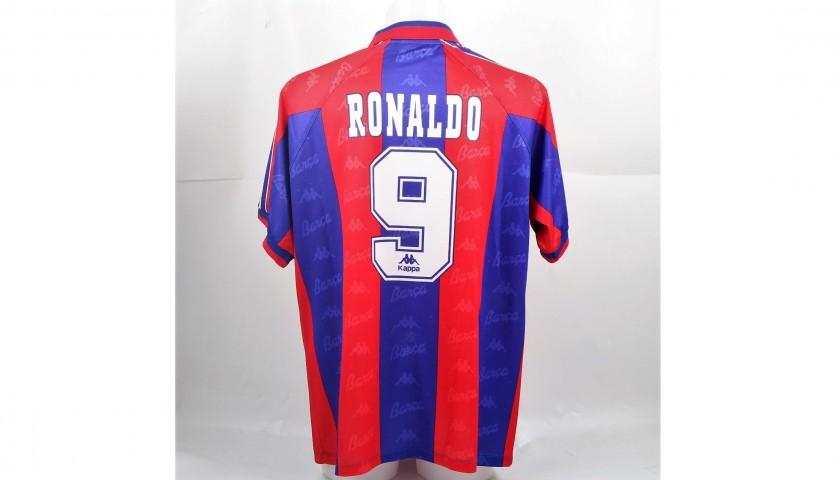 brand new 48ae1 23fca Ronaldo's Match-Issued/Worn Barcelona Shirt, Liga 1996/97 - CharityStars