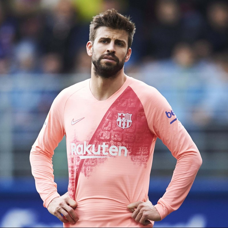 Pique's Barcelona Match Shirt, Liga 2018/19