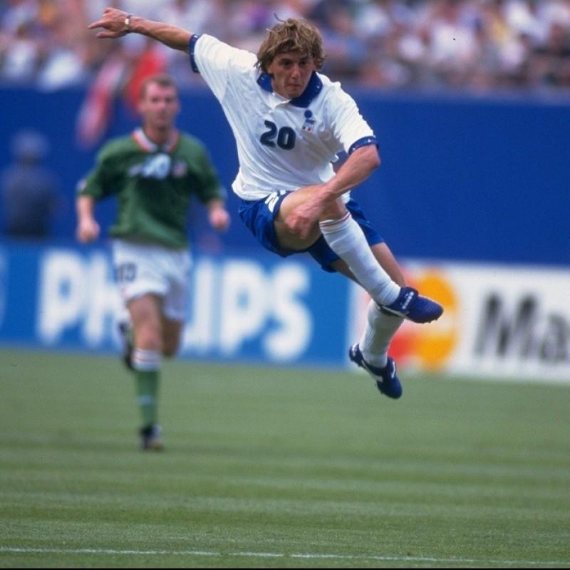 Italy Training Shirt, 1993/94 - Signed by Signori