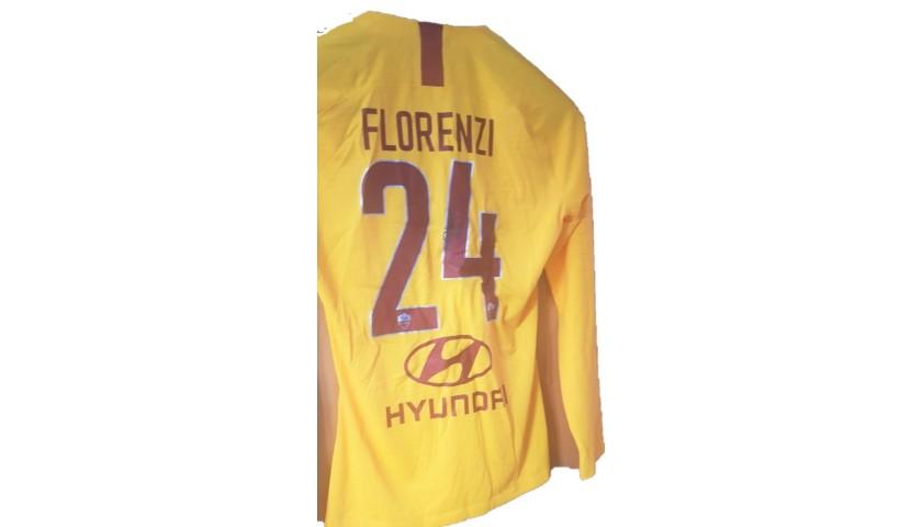 Receive Florenzi's Shirt from Matilde Brandi and Lorenza Mario