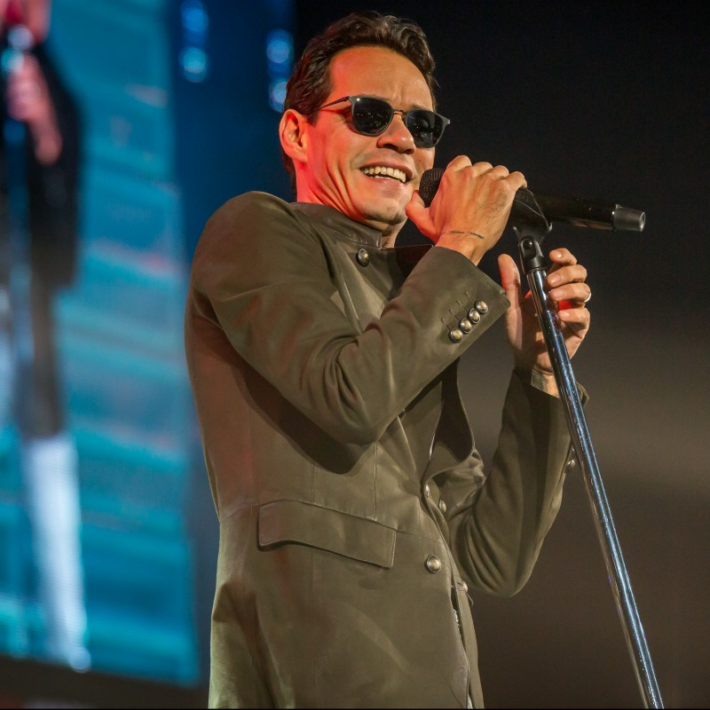 Meet Marc Anthony on Nov. 30 in Chicago, IL