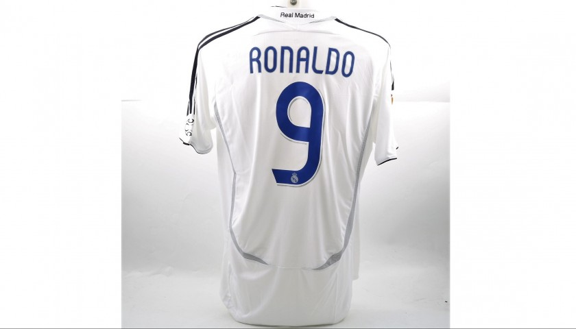 meet 672e1 53591 Ronaldo's Match-Issued/Worn Real Madrid Shirt, 2006/07 Liga - CharityStars