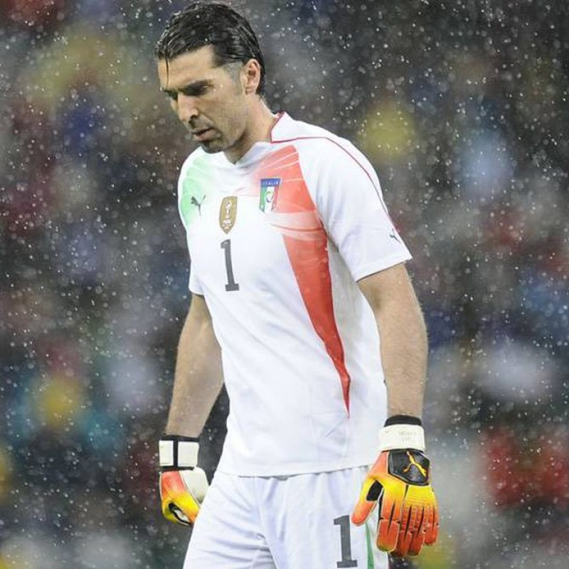 Buffon's Match-Issued Italy Shirt, 2010 World Cup